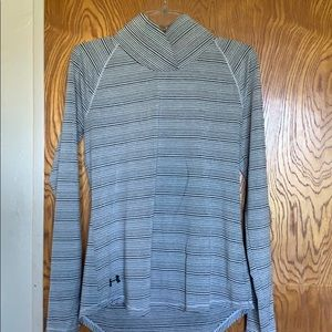 Under Armour Med Long Sleeve light weight tunic